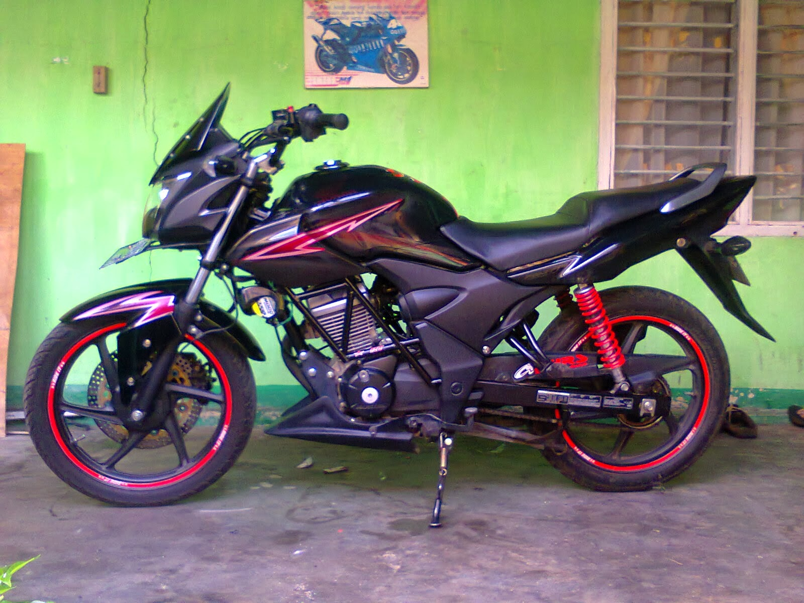 Verza Modifikasi Fairing