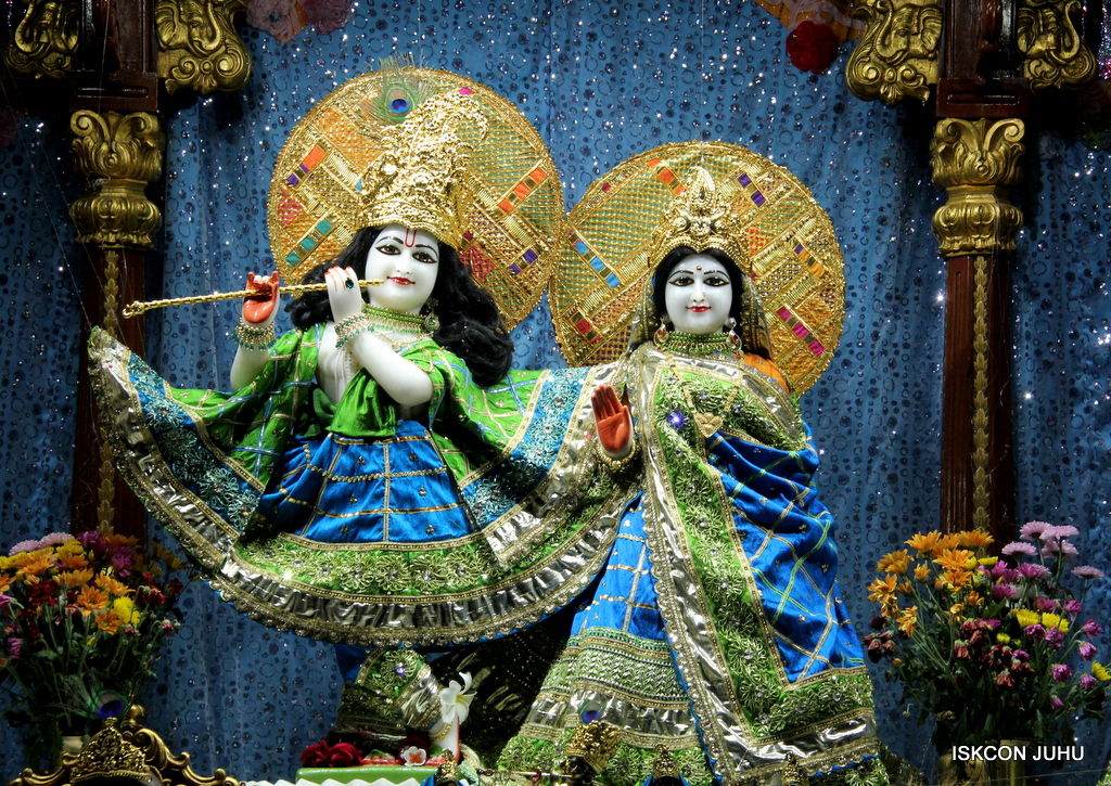 ISKCON Juhu Mangal Deity Darshan on 5th Sep 2016 (23)