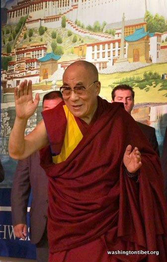 Tibetan Audience with HH Dalai Lama/HH Sakya Trizins Teaching in Portland, OR. - 36-cc%2BP5120100%2BB72.JPG