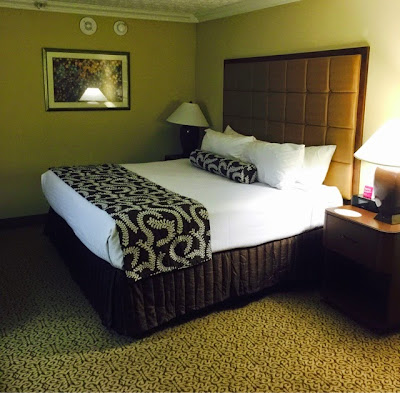 My review on the Crowne Plaza Louisville Airport and Expo Center Hotel