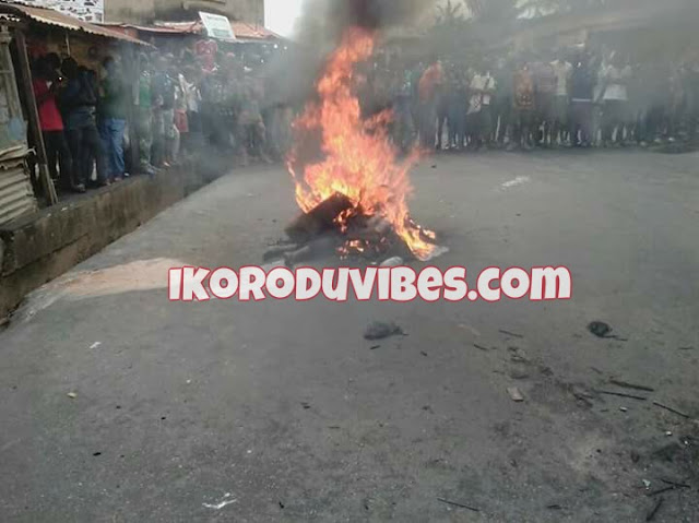 Ikorodu News! Another Female Kidnapper Nabbed in Allinson Ikorodu, Burnt To Death By Angry Mobs (Photos + Video)