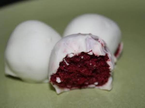 Red Velvet Cake Balls Recipe