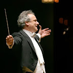 Music director Louis Langrée conducting the Cincinnati Symphony Orchestr