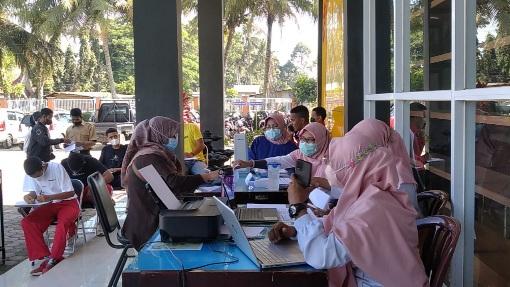 Pelaku IKM Semangat Ikut Gebyar Vaksinasi Dinas Tenaga Kerja dan Perindustrian Kota Payakumbuh