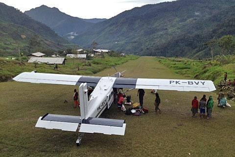 Sebanyak 30 Anggota Front Bersenjata OPM (KSB) Papua Sandera Pesawat Susi Air