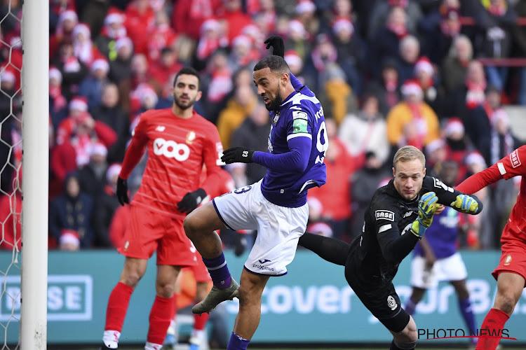 Standard en Anderlecht sturen kat naar zitting Geschillencommissie en mogen de portefeuille opentrekken