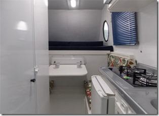 mini-camper-super-luxo-cozinha