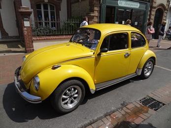 2018.05.20-012 VW Coccinelle jaune