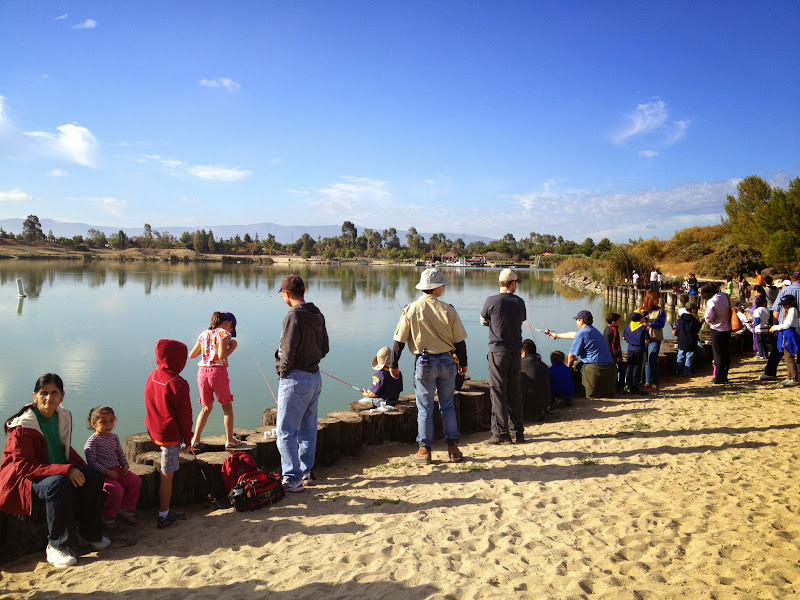 2012-10 Kids Fishing Day - IMG_2067.JPG