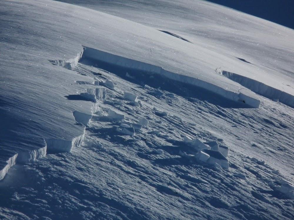Avalanche Vanoise, secteur Aiguille des Corneillets, Col Rouge - Photo 1