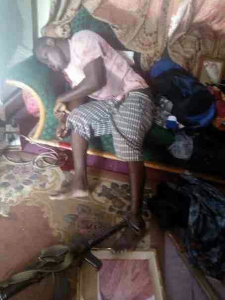 Photo: Police officer commits suicide in Ghana