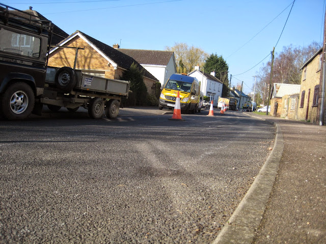 St Johns Close Resurfacing 23-03-2015. Pictures by Chris Cannon - IMG_1063.JPG