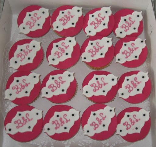 B&L cupcakes.JPG