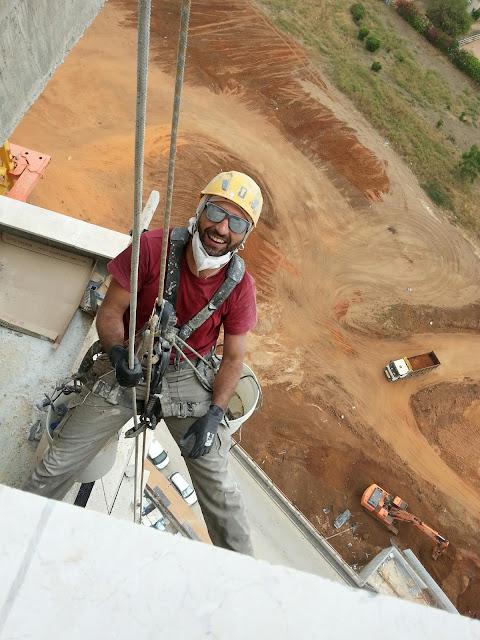 רמה גבוהה - עבודות גובה בסנפלינג - ליטוש וניקיון מעפת בניין בגובה | 054-3062800