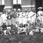 1918 Meisjesschoolklas met o.a Marie van Gils_BEW.jpg