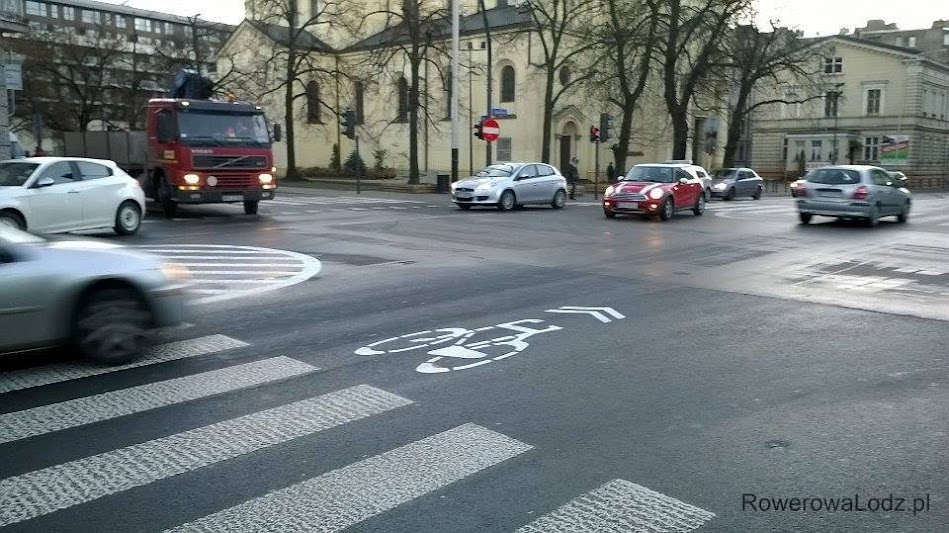 Skrzyżowanie ul. Sienkiewicza z ul. Tuwima. FOTO: Joanna Miecznikowska