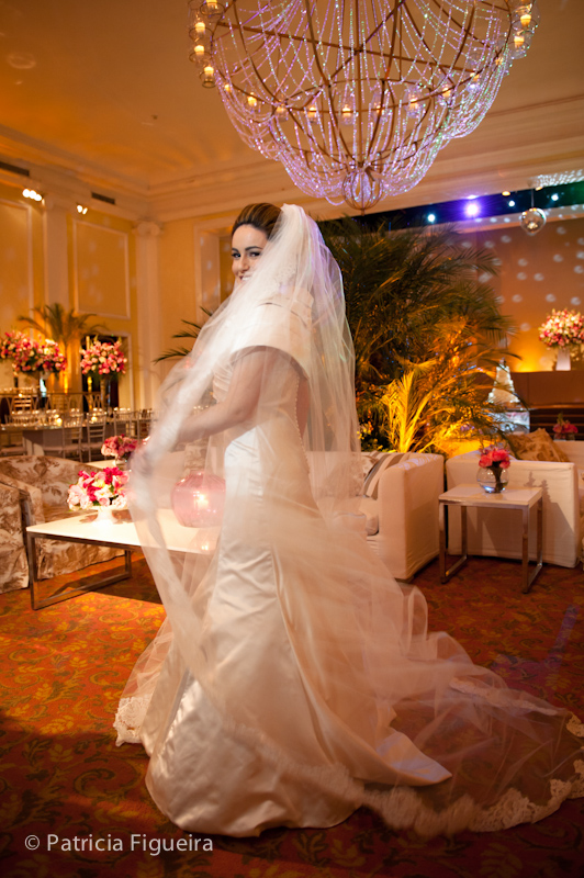 Foto de casamento 0430 de Sunny e Richard. Marcações: 18/06/2011, Carol Hungria Vestido, Casamento Sunny e Richard, Fotos de Vestido, Rio de Janeiro, Vestido, Vestido de Noiva.