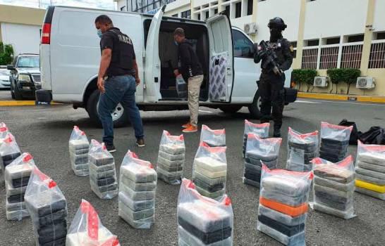 DNCD asegura que decomisó más de 30,000 kilos de drogas en un año