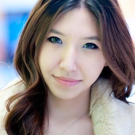 Alisa Zhang Photo 9