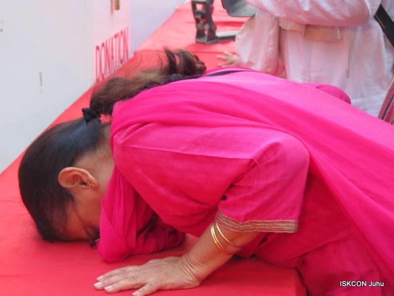 iskcon juhu rath yatra 2015 (13)