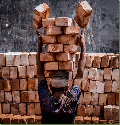 brick loader