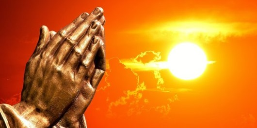 praying-hands-2534461_1280-660x330