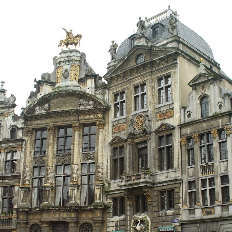 Brussels_146 Grand Place Buildings.jpg