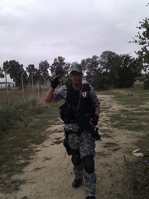 03/07/11 Fotos Los Perros de la Guerra C360_2011-07-03%25252010-43-56_org