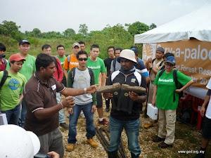 Serv-a-palooza A Timberland Earthkeeper Initiative (CrE)