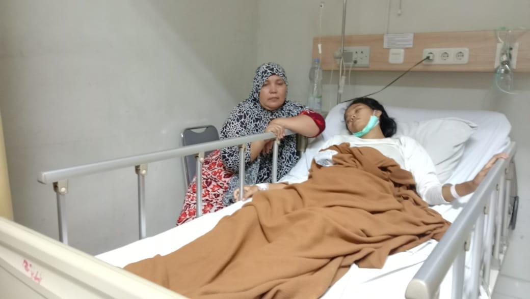 Breaking News : Anak Terbaring di Rumah Sakit , Sang Istri Minta Tanggungjawab Suami & Keluarganya