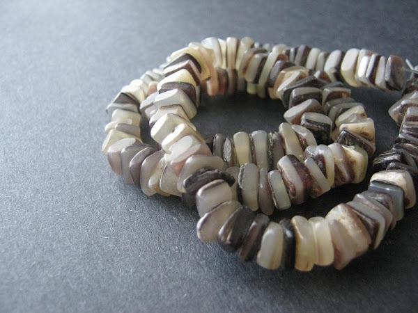 Hammer Shell Heishi Beads