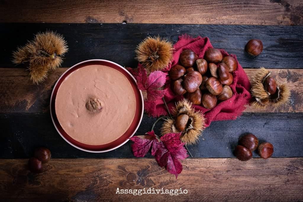 Torta al cioccolato con mousse di castagne