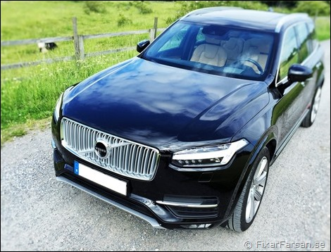 Volvo-XC90-Onyx-Svart-Metallic-717-Inscription