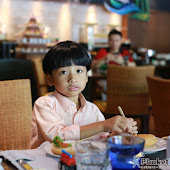 sunday-familybrunch-buffet 50.JPG