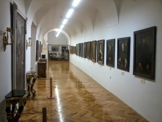 Múzeum - 2012-09-01%2525252016.37.11.jpg