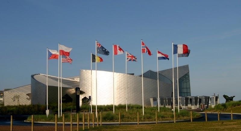 Juno Beach Memorial.jpg