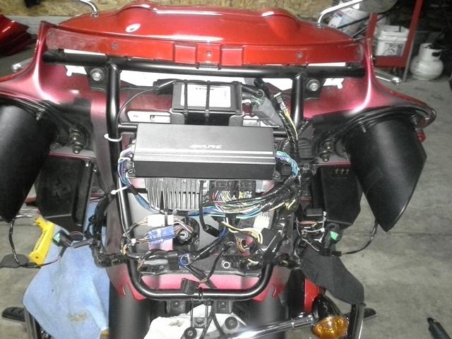 Alpine Ktp445u Amp With Xm Module