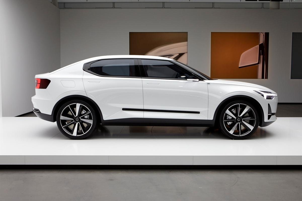 Volvo - Concept 40.2