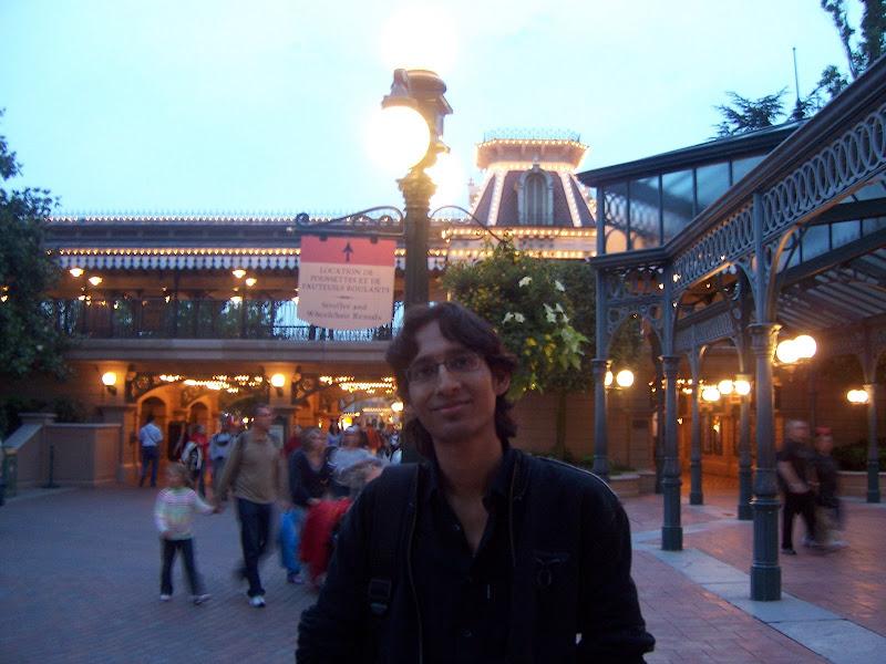 Disneyland, Paris - 100_3592.JPG
