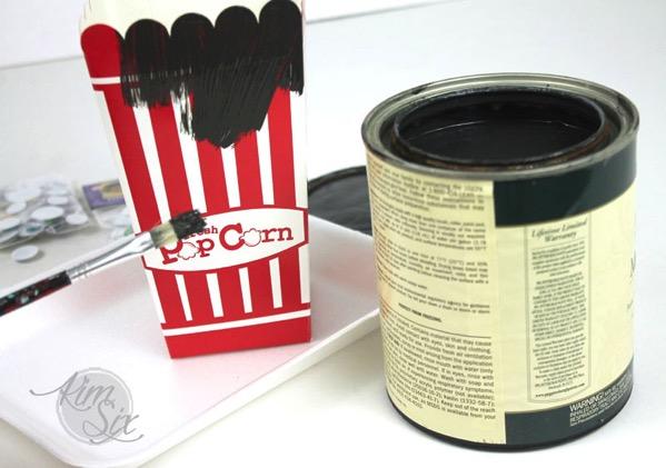 Painting popcorn box