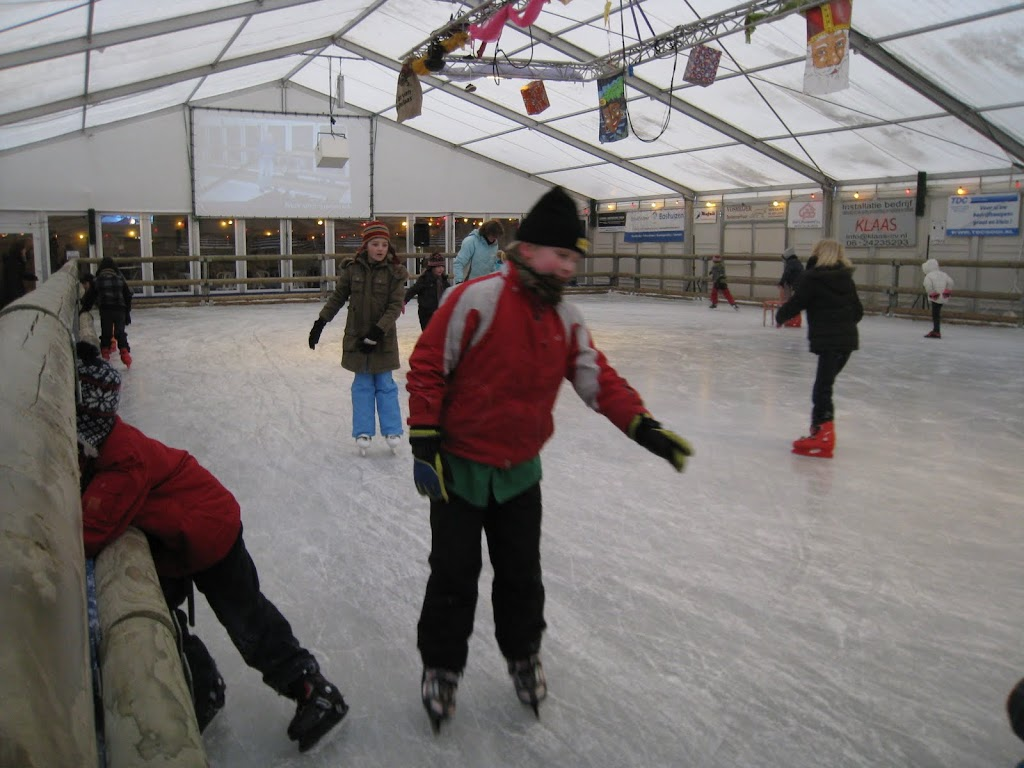 Sinterklaas bij de schaatsbaan - IMG_5111.JPG