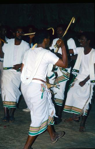 الزواج والافراح فى جيبوتى تتناغم العادات العربية والافريقية (( صور ))Djibouti  028%252520Mariage%252520afars%252520decembre%2525201990