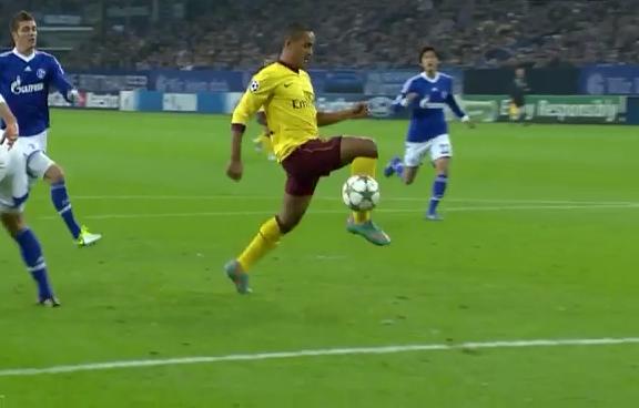 Theo Walcott, Schalke 04 - Arsenal