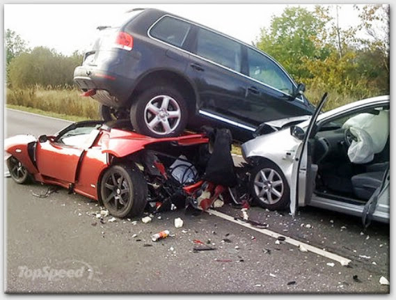 causes of car accident This dataset shows whether the accident was fatal, who was involved, and briefly how the accident was caused.