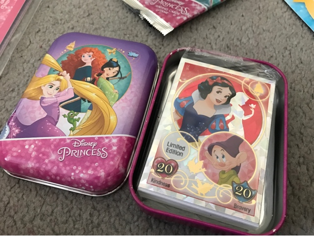 disney-princess-trading-card-game