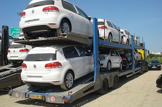Bouchouareb: «Le temps où on importait 650 000 voitures par an est révolu»