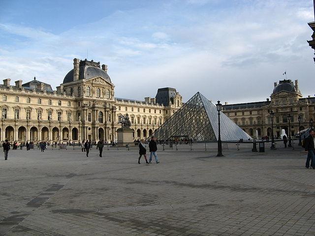 [Louvre_Museum+3%5B2%5D]