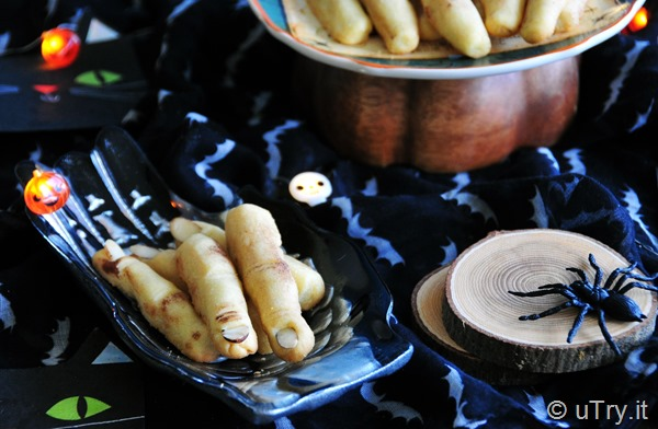 How to Make Witch's Fingers Shortbread Cookies -  Halloween Recipe 女巫手指餅乾 - 萬聖節食譜  http://uTry.it