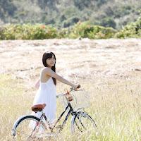 [BOMB.tv] 2010.04 Miyake Hitomi 三宅瞳 hm008.jpg