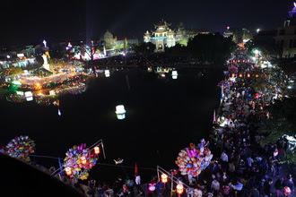 Hình ảnh: Phát Diệm lung linh đêm Giáng Sinh